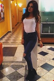 23 year old Female escort Lina in Istanbul