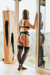 24 yo Female escort Valerie in Graz