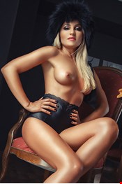 24 yo Female escort Olya in Larnaca