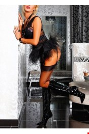 37 yo Female escort miss Anika winter in Riga