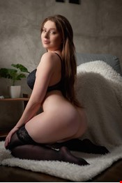 23 yo Female escort Linda in Warsaw