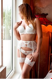 31 yo Female escort Sophya Moore in Dublin