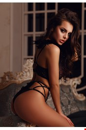 22 yo Female escort Mila in Milan