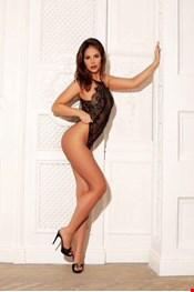 25 yo Female escort ALEXIS in Burnley