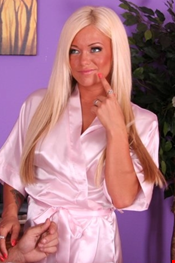 38 year old Female escort ALLY Mature in Limassol
