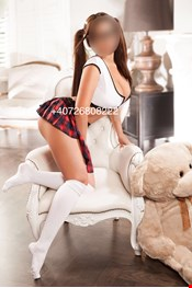 24 yo Female escort EMMA in Bucharest
