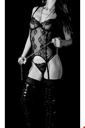 25 year old Female escort Mistress Isis V in Lisbon