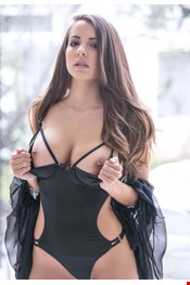 24 year old Female escort OLIVIA in Kowloon