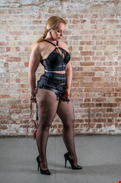31 year old Female escort Australian Mistress Lady Pamela in Helsinki