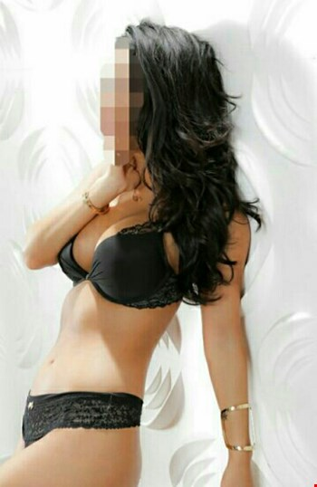 Escort Sofia, Escort MISS Lia, Sofia | 21 year old Female escort