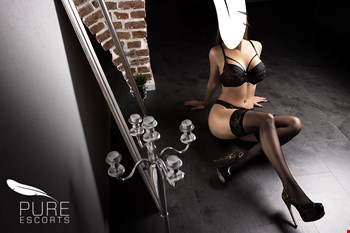 Escort Stuttgart, Escort Penelope, Stuttgart | 26 year old Female escort