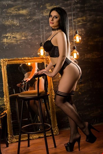 Escort Hamburg, Escort E V A, Hamburg | 23 year old Female escort