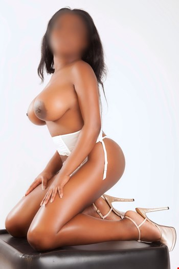 Escort Alicante, Escort Lilly, Alicante | 28 year old Female escort