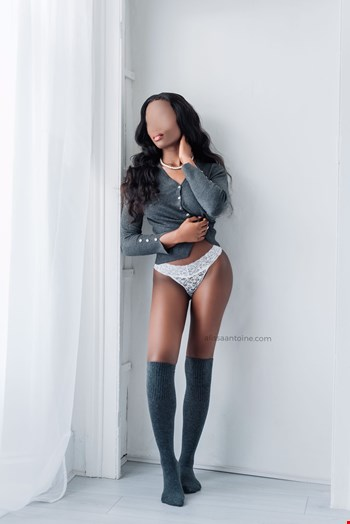 Escort London, Escort Alissa Antoine, London | 22 year old Female escort