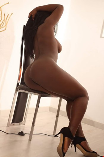 Escort Lisbon, Escort SARA CRUZ, Lisbon | 22 year old Female escort