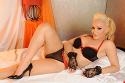 Escort Riga, TS CINTHIA PIU STAR, escort Riga | 27 year old Transexual escort