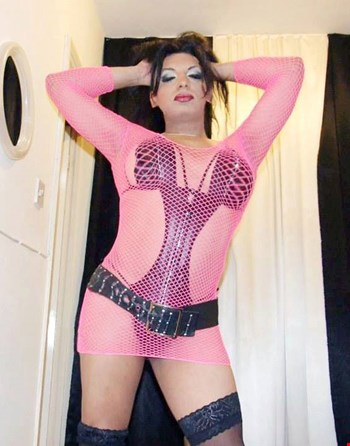Escort London, Escort tsgabriela, London | 33 year old Transexual escort