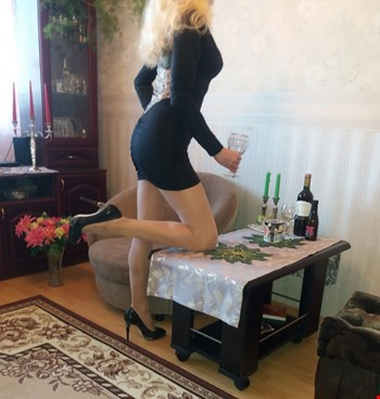 Escort Tallinn, Escort Nika, Tallinn | 35 year old Female escort