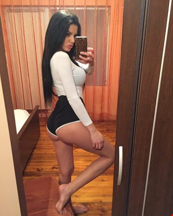 Escort Muscat, Escort stela james, Muscat | 23 year old Female escort