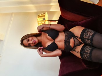 Escort Saint-Tropez, LATINA SEXY COLOMBIA, escort Saint-Tropez | 23 year old Female escort