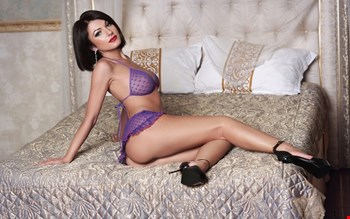 Escort Bologna, Escort GenraCool, Bologna | 26 year old Female escort