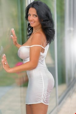Escort Vienna, Escort Vienna, Christin | 35 year old Female escort