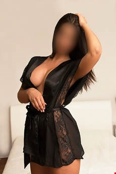 Escort Cardiff, Escort Michelle, Cardiff | 25 year old Female escort