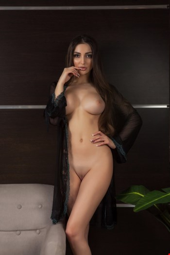 Escort Milan, Lana, escort Milan | 21 year old Female escort