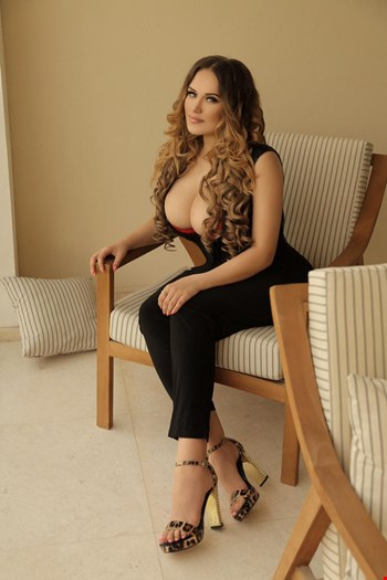 Escort Yerevan, Escort Hussein Prostitut And Fiona Blond, Yerevan | 25 year old Male escort