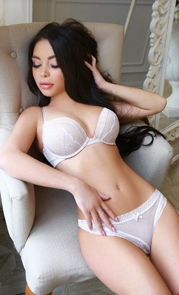 Escort Barcelona, Escort Talina, Barcelona | 25 year old Female escort