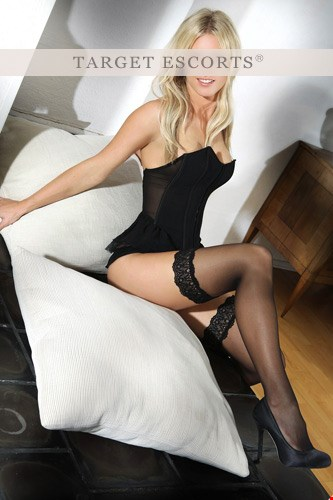 Escort Stuttgart, Escort Madlen, Stuttgart | 25 year old Female escort