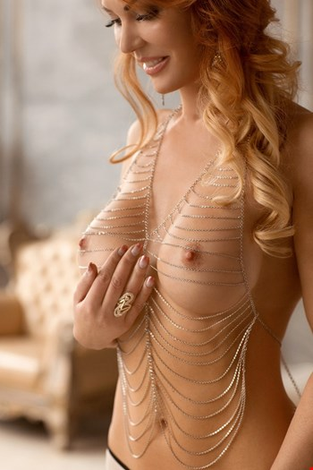 Escort Valletta, Valerie, escort Valletta | 29 year old Female escort