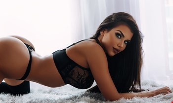 Escort Milan, Kate, escort Milan | 23 year old Female escort