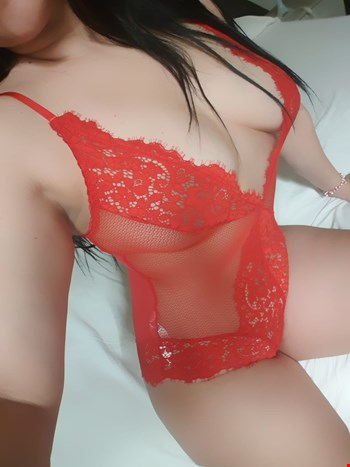 Escort Saint Julians, Escort Julia, Saint Julians | 25 year old Female escort