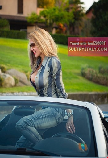 Escort Napoli, Escort Aliai High Class, Napoli | 32 year old Female escort