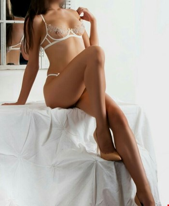 Escort Amsterdam, Escort Nicole special for you, Amsterdam | 21 year old Female escort