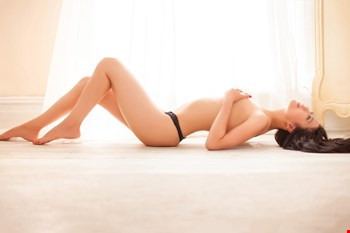 Escort London, Escort Emma Rose, London | 31 year old Female escort