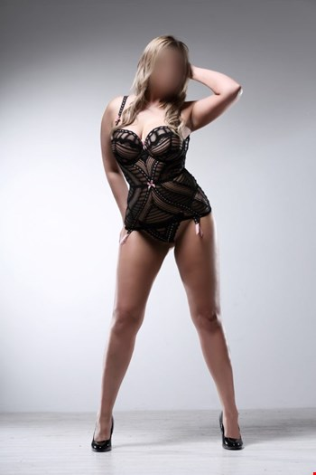 Escort Bolton, Escort Kelly SUGARBABES ESCORTS, Bolton | 27 year old Female escort