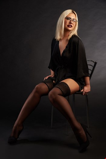 Escort Vienna, Escort Larisa, Vienna | 25 year old Female escort