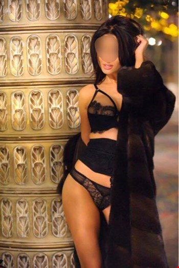 Escort London, Escort Zornica VIP, London | 28 year old Female escort