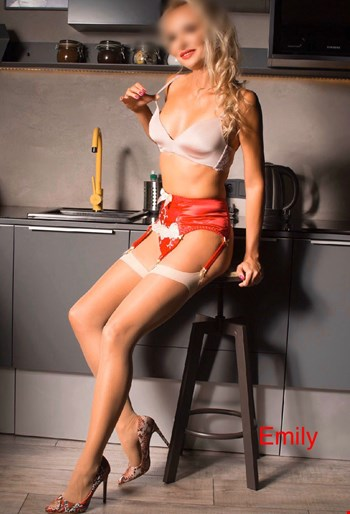 Escort Kraków, Escort Kraków, Emily Delight Lux | 31 year old Female escort