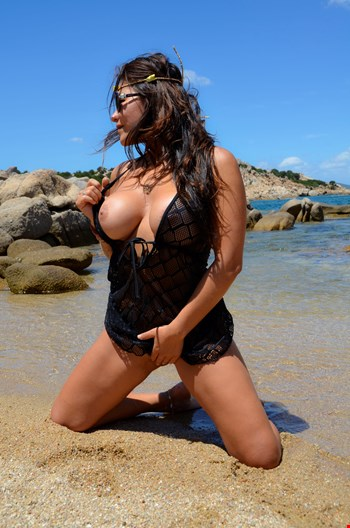 Escort Saint Julians, Escort Saint Julians, CAROLINE wait you in a luxury and  reservate place at balluta REAL PICS | 25 year old Female escort