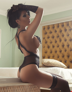 Escort Saint Julians, Escort Saint Julians, CRYS | 21 year old Female escort
