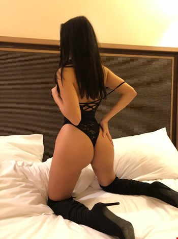 Escort Sofia, Elitsa, escort Sofia | 25 year old Female escort