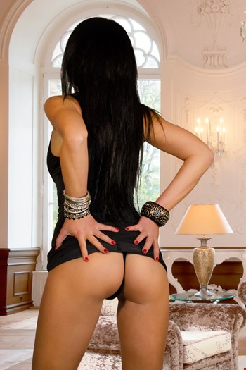 Escort Marseille, Escort Marseille, Maya | 29 year old Female escort