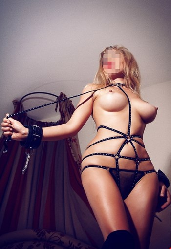 Escort Kharkiv, Escort Vlada, Kharkiv | 27 year old Female escort