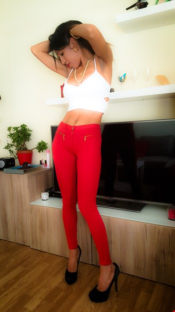 Escort Luxembourg, Escort EMELY, Luxembourg | 25 year old Female escort