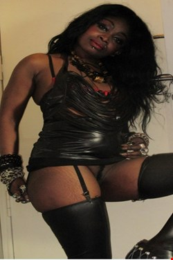 Escort Alsace, Escort Alsace, Kathy | 26 year old Female escort