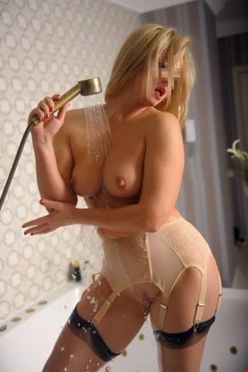 Escort Saint Petersburg, Escort Milena, Saint Petersburg | 35 year old Female escort