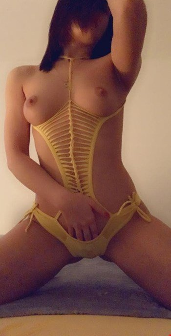 Escort Vienna, Escort Lara, Vienna | 21 year old Female escort